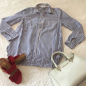 Classic button down top
